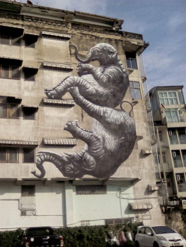 street art bangkok elephant immeuble