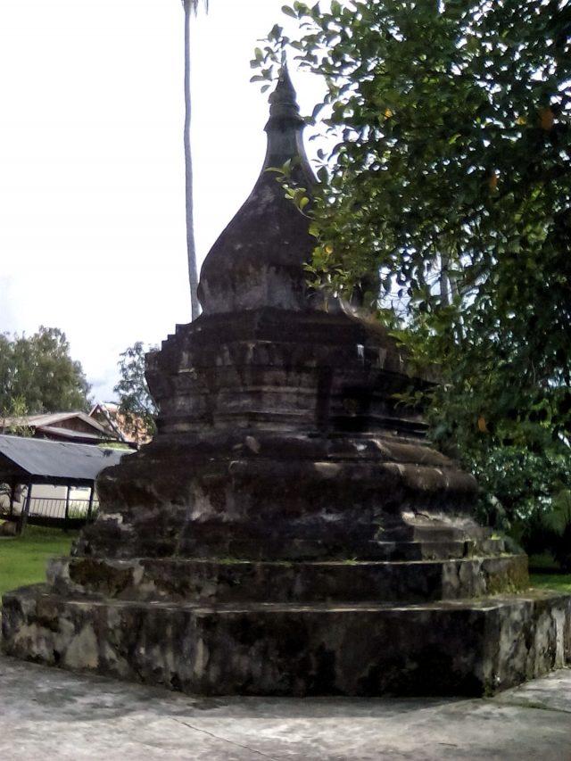 stupa temple vat bouddhisme laos luang prabang