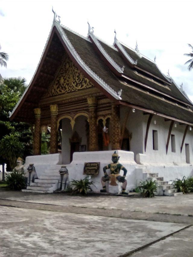 temple vat luang prabang bouddhisme