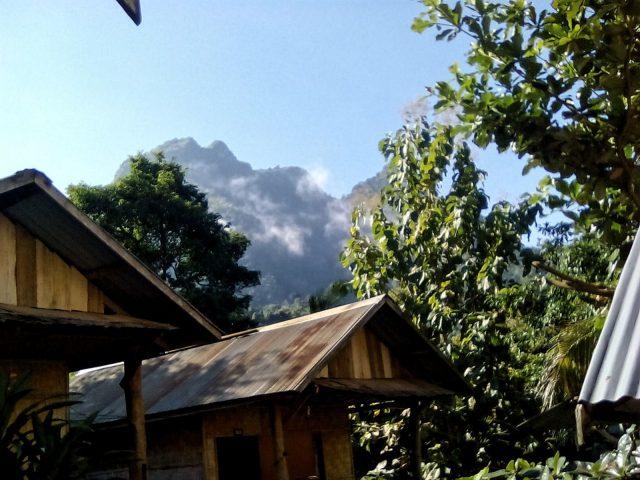 nong khiaw vue laos montagne nature
