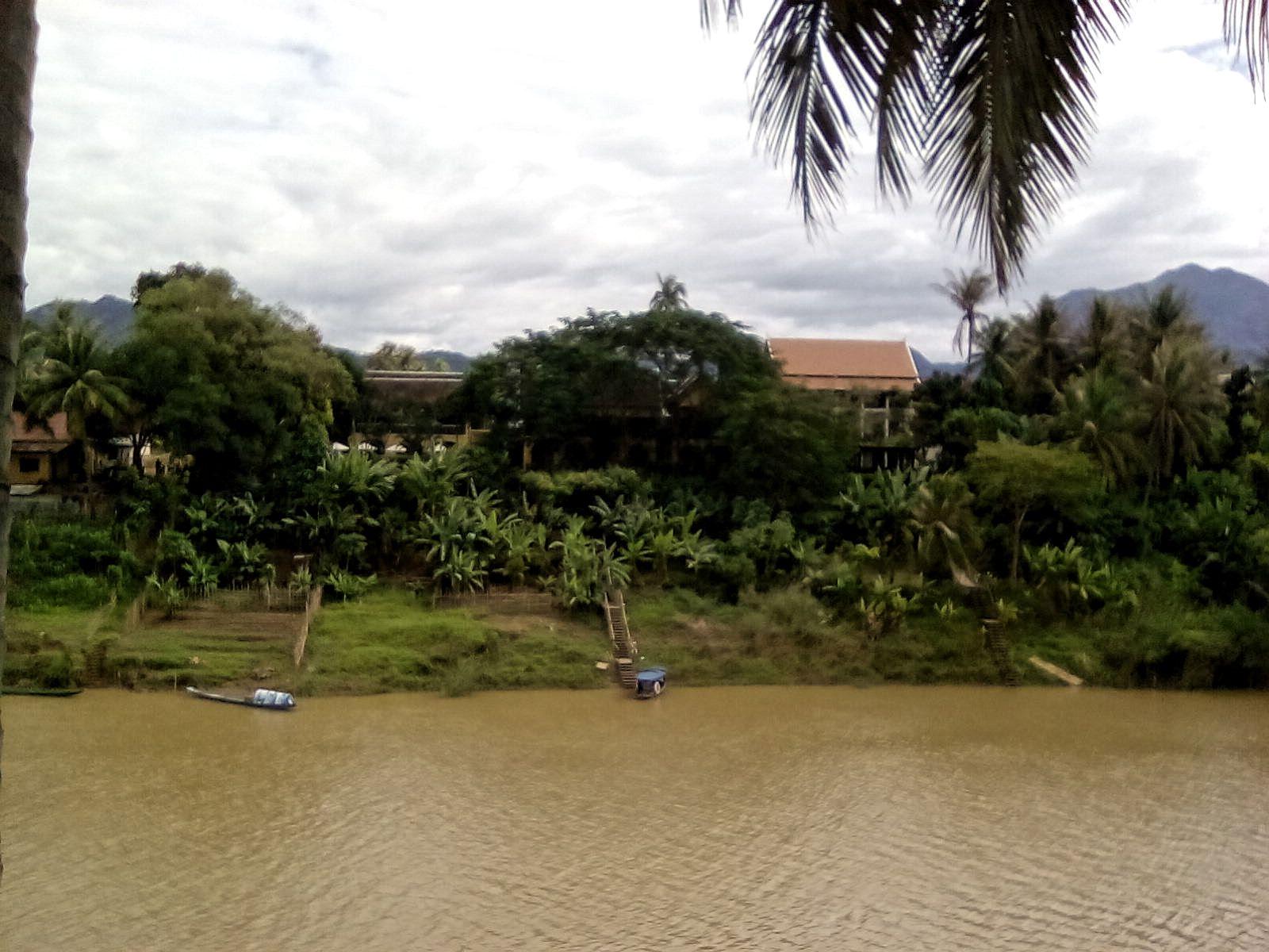 voyage Laos fleuve nature