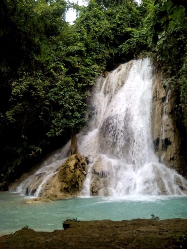 tad keo luang prabang laos cascade