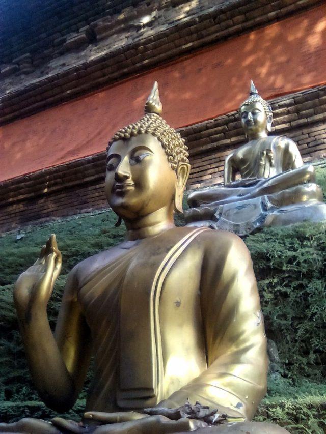 bouddha temple chiang mai thailande voyage vie nomade