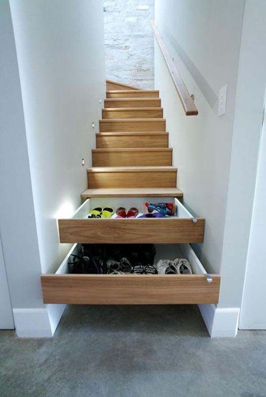 rangement escalier chaussure