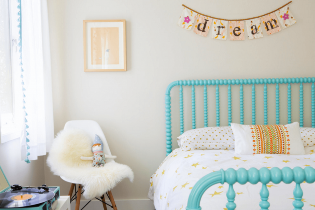 deco chambre enfant touche couleur