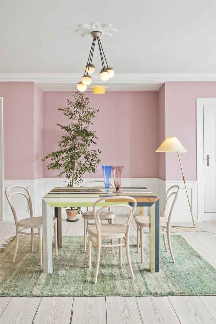 deco salle a manger sous bassement blanc rose