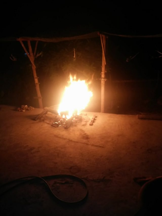 feu de camp au laos