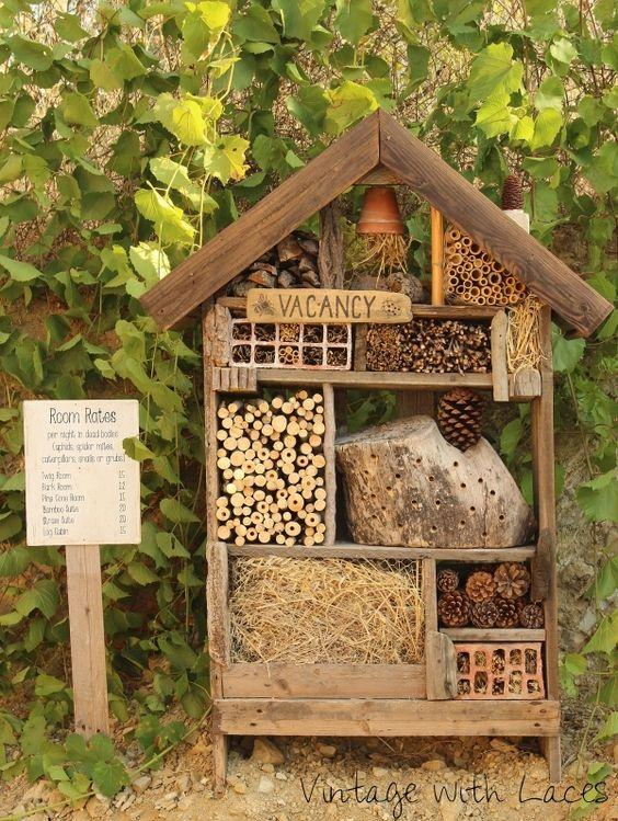 amenagement jardin enfant hotel insecte