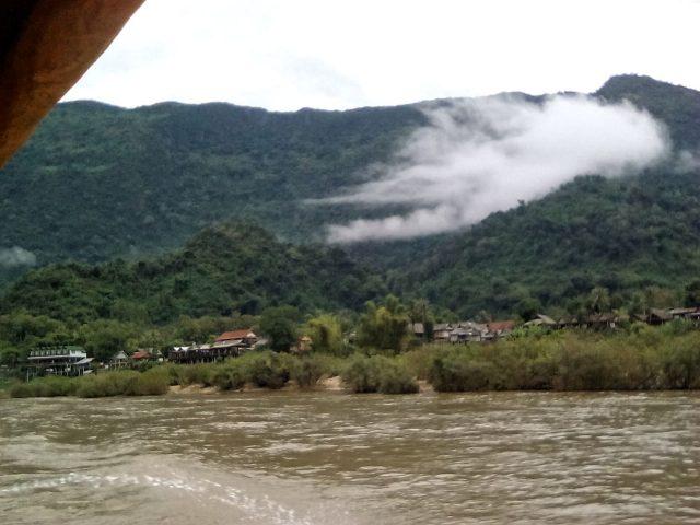balade beteau laos paysage nature