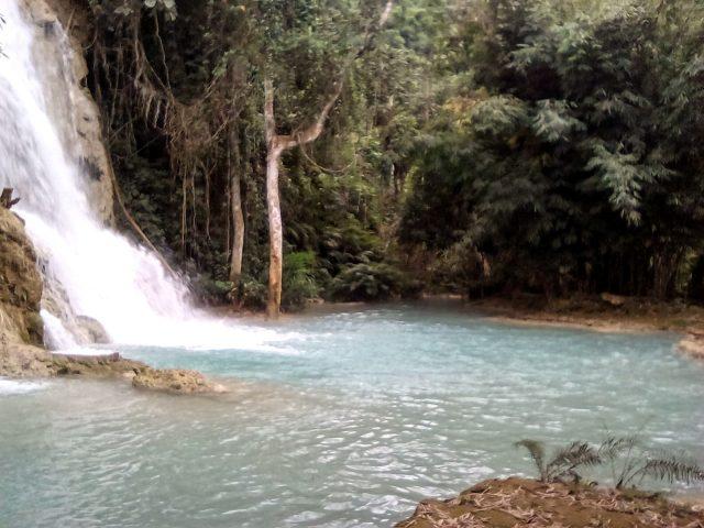 cascade laos paysage voyage
