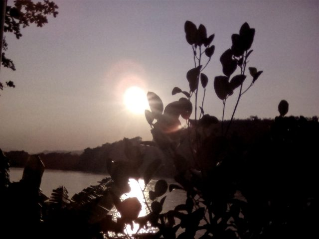 coucher de soleil asie laos mekong