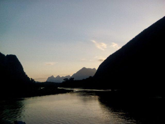 coucher de soleil laos nord muang noi montagne paysage nature