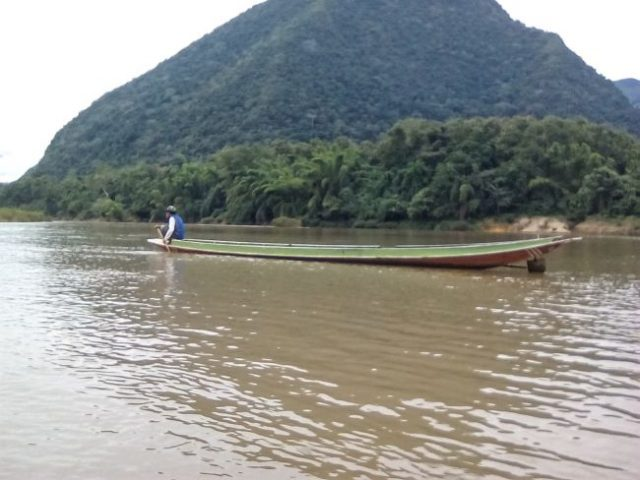 decouverte laos nord muang ngoi montagne riviere asie