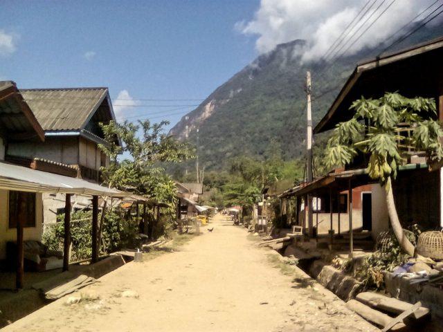 muang ngoi village laos