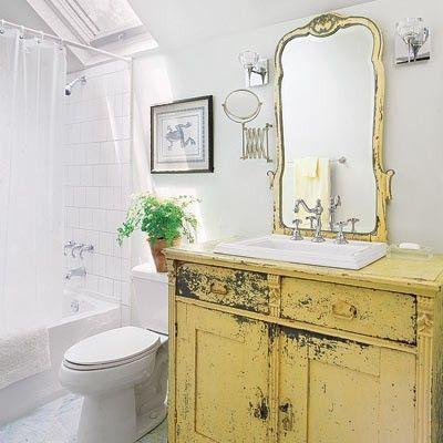 mobilier salle de bain jaune vintage decoration