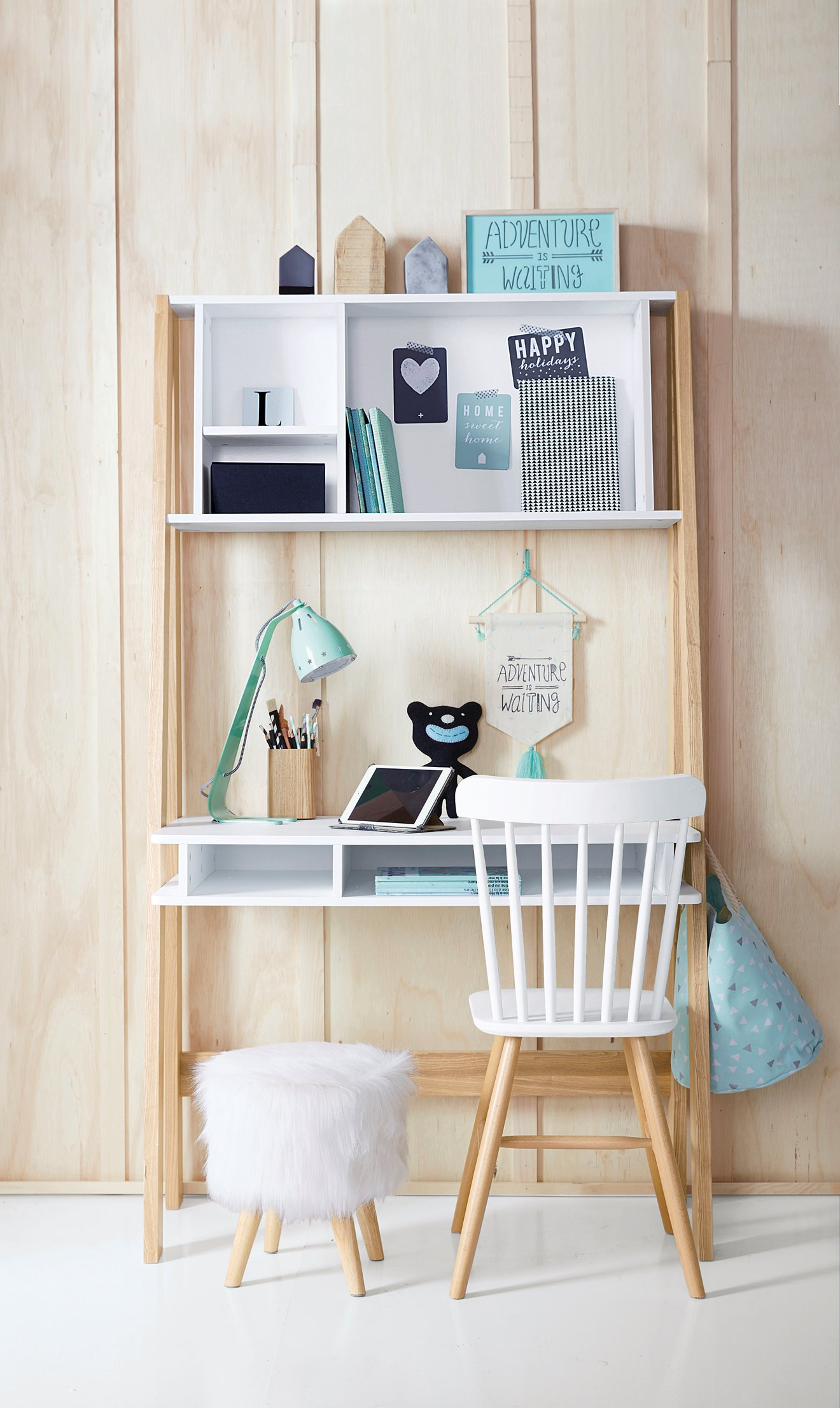 quel bureau choisir pour votre enfant cocon d co vie nomade. Black Bedroom Furniture Sets. Home Design Ideas