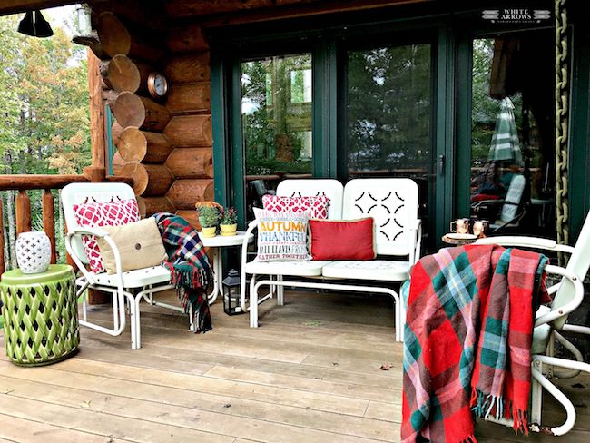 Maintain your garden furniture sets in fall