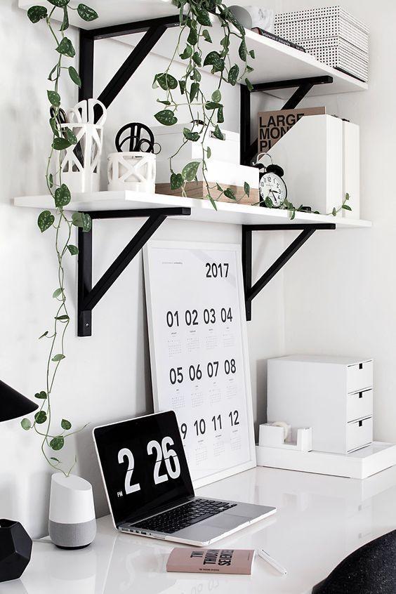 decoration rangement bureau noir et blanc etagere