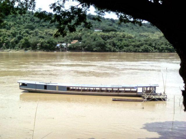 luang prabang mekong bateau laos