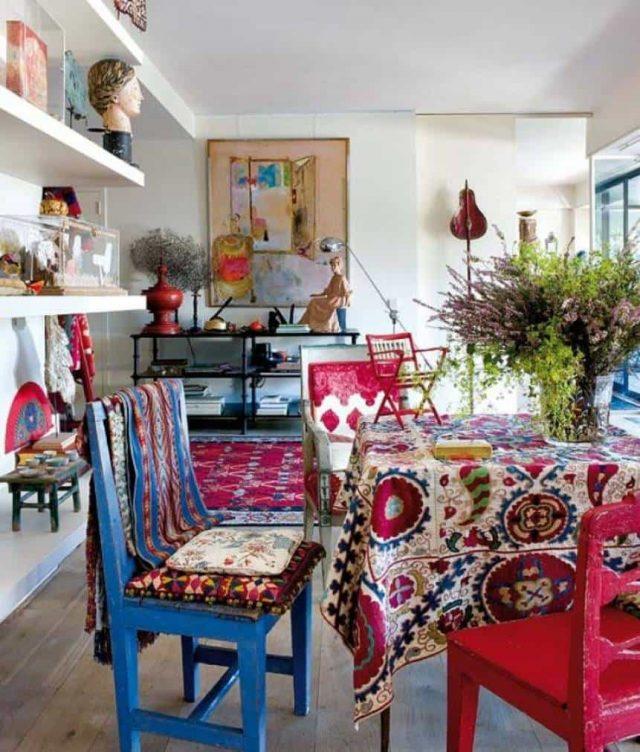 salle a manger boheme chaise couleur nappe motif