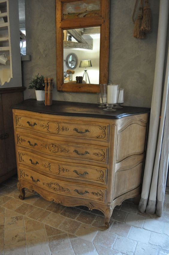 commode ancienne patine bois