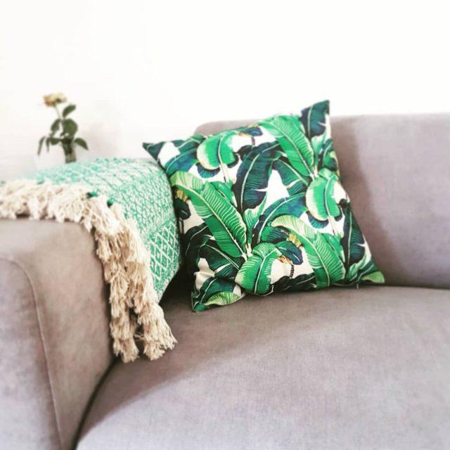 housse de coussin imprimee plante tropicale