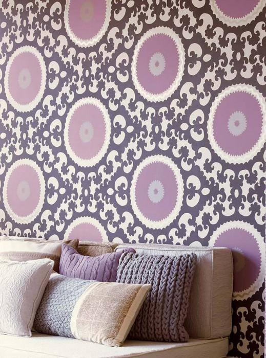 papier peint deco salon violet