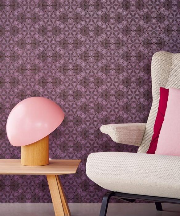 papier peint ton sur ton violet salon