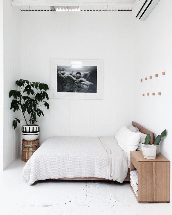 chambre minimaliste chaleureuse