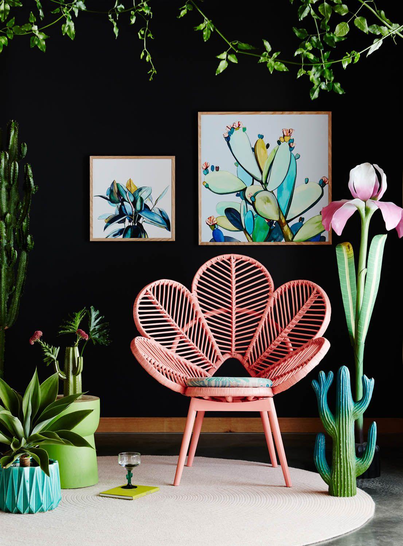 mobilier retro et plantes intérieur