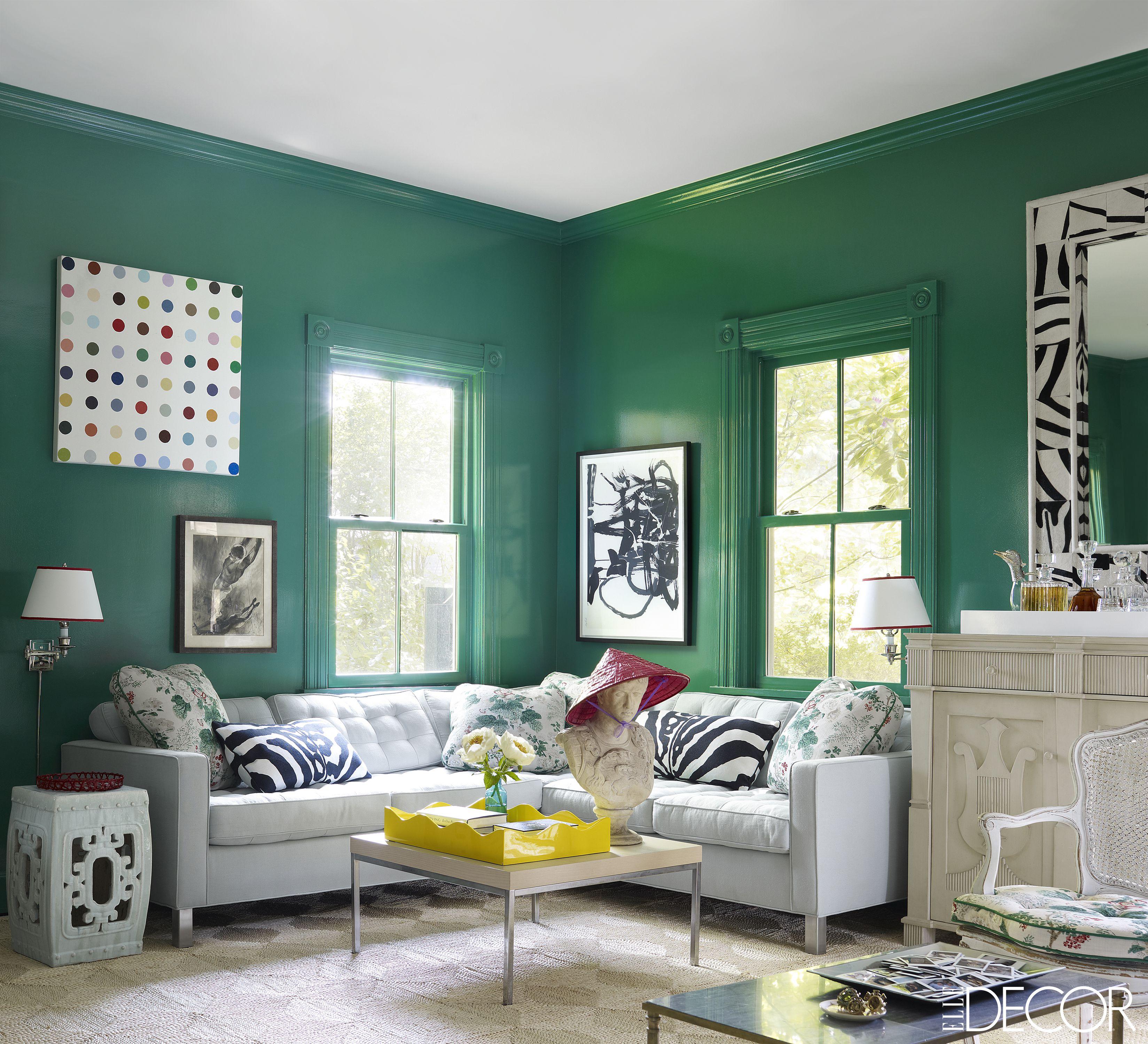 peinture mur vert salon mobilier clair