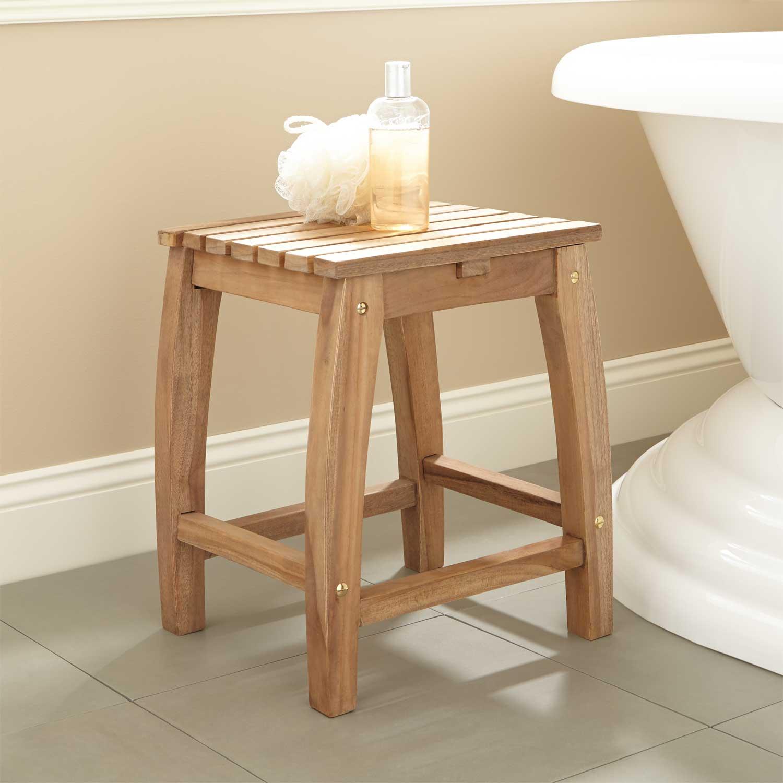 salle de bain tabouret deco bois