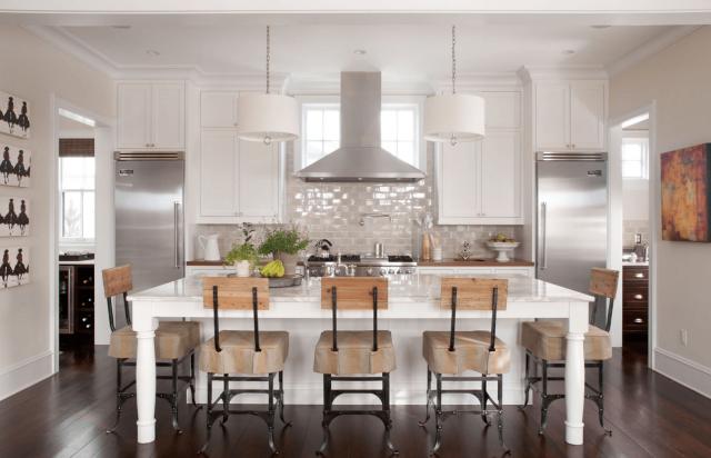 decoration interieur cuisine blanche et bois