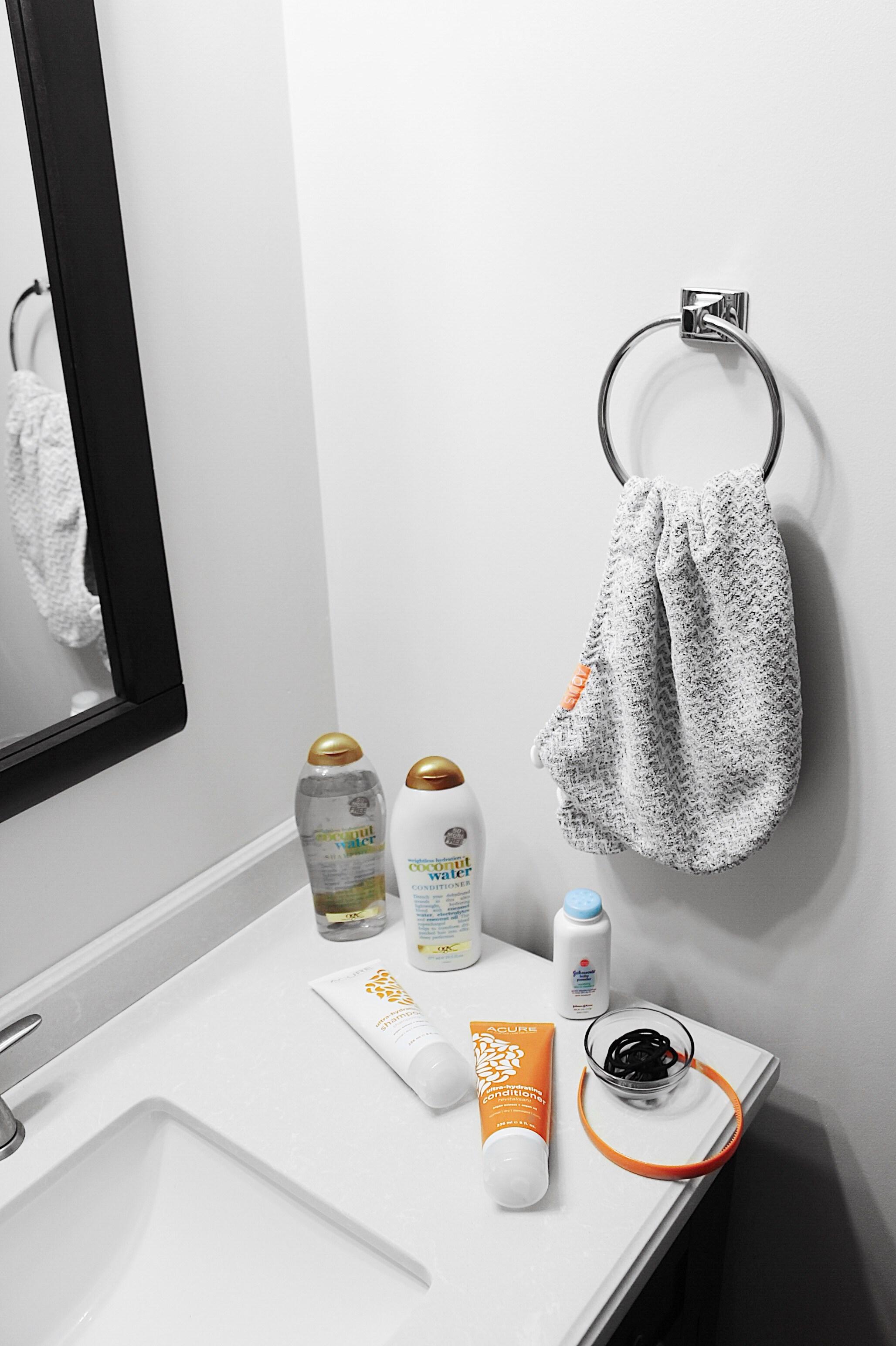 salle de bain minimaliste produit routine