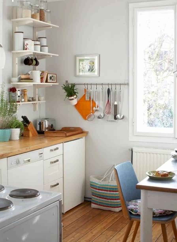 petite cuisine plan de travail bois