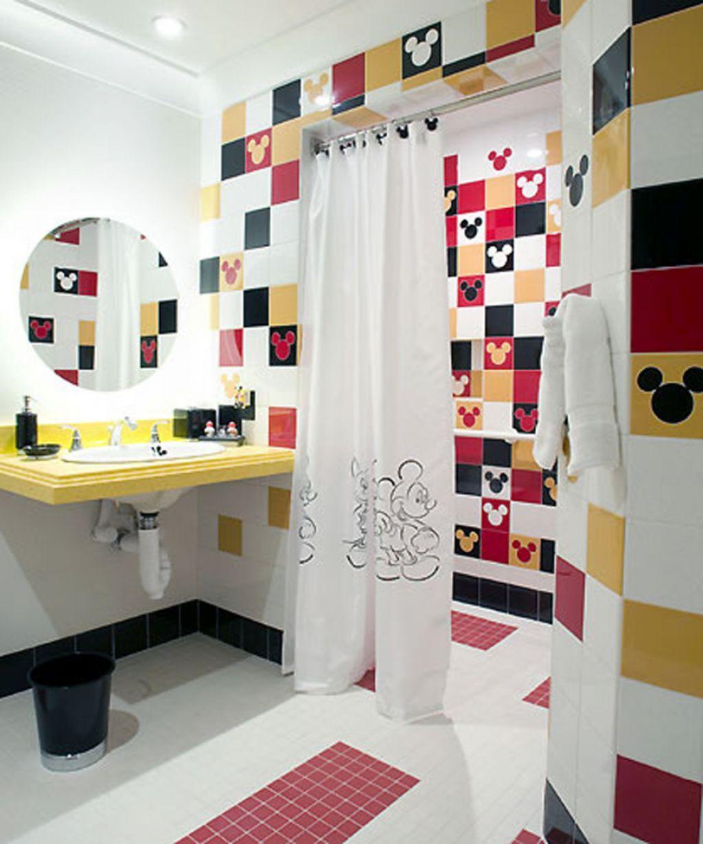 salle de bain deco mickey