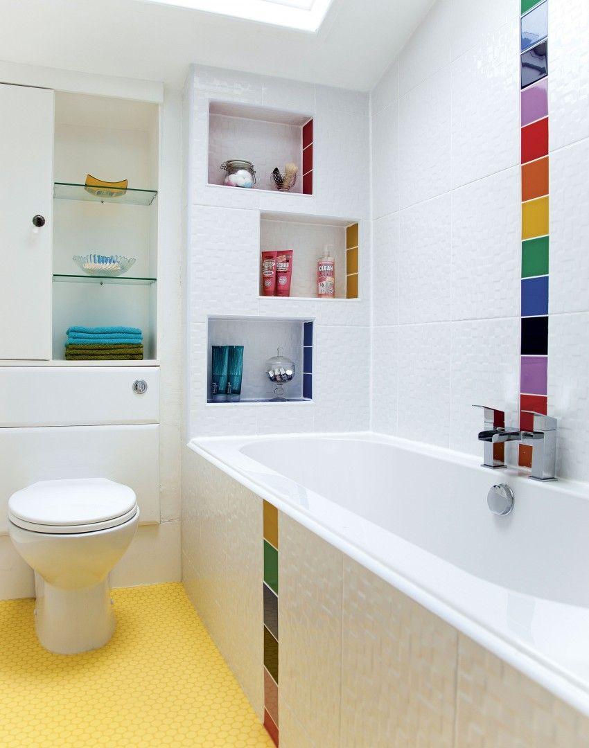 salle de bain famille couleur arc en ciel