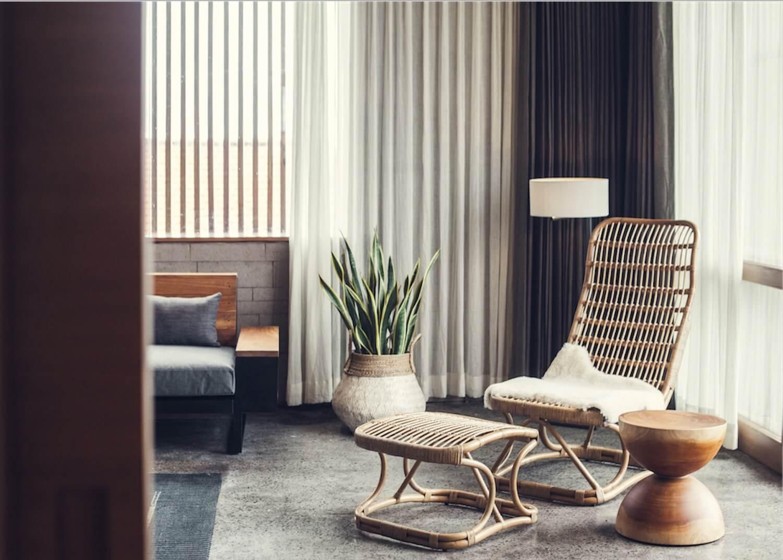 minimalisme coin detente lecture fauteuil