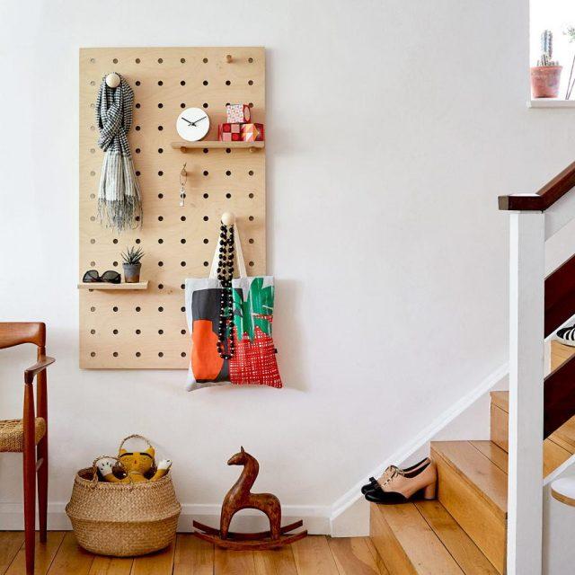 pegboard entree decoration minimaliste