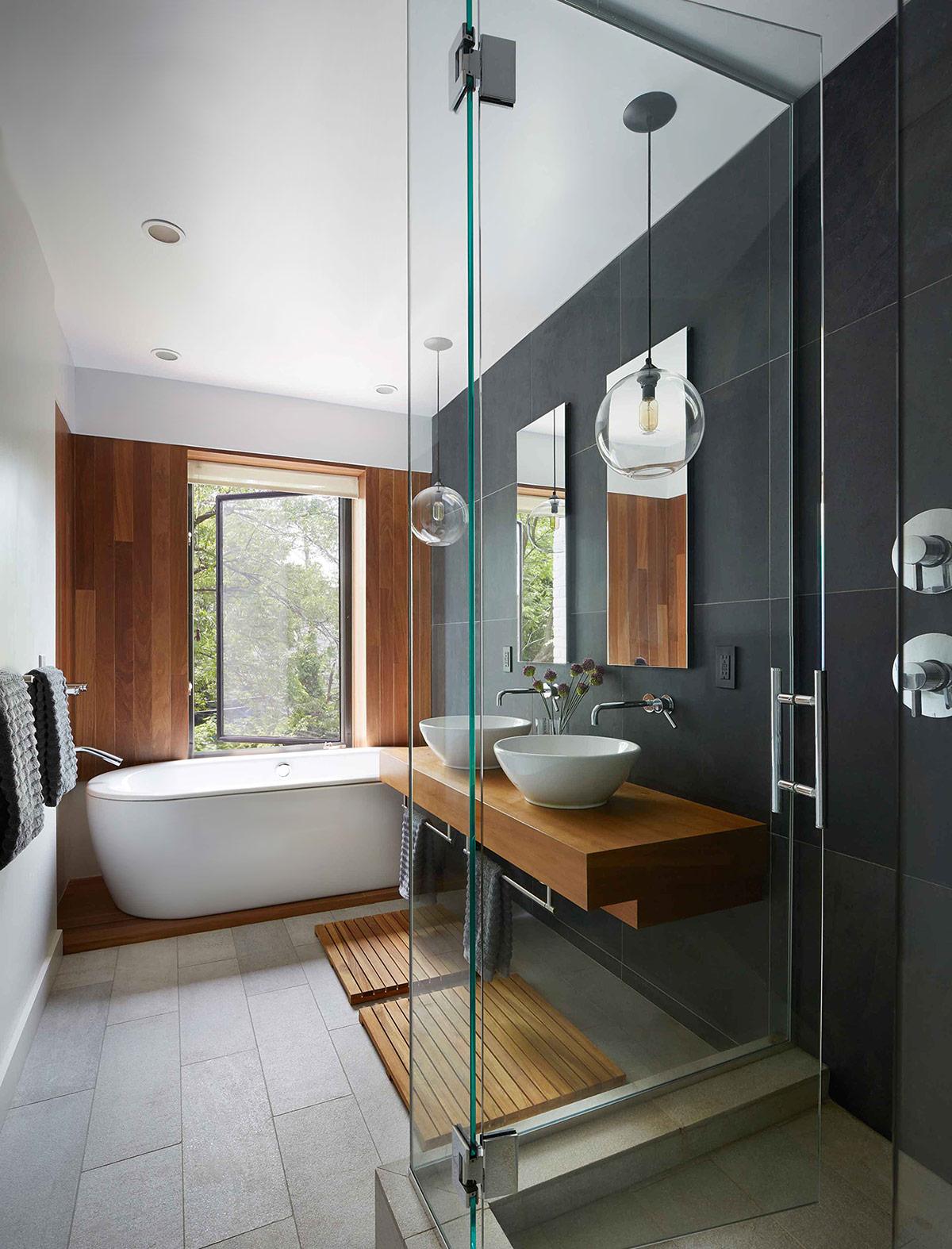 salle de bain carreage mural fonce et bois
