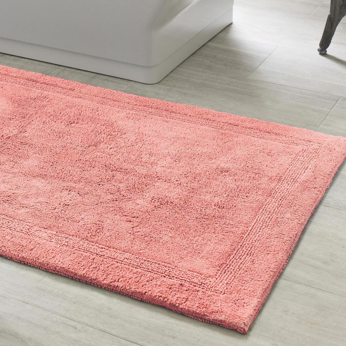 tapis de bain couleur corail