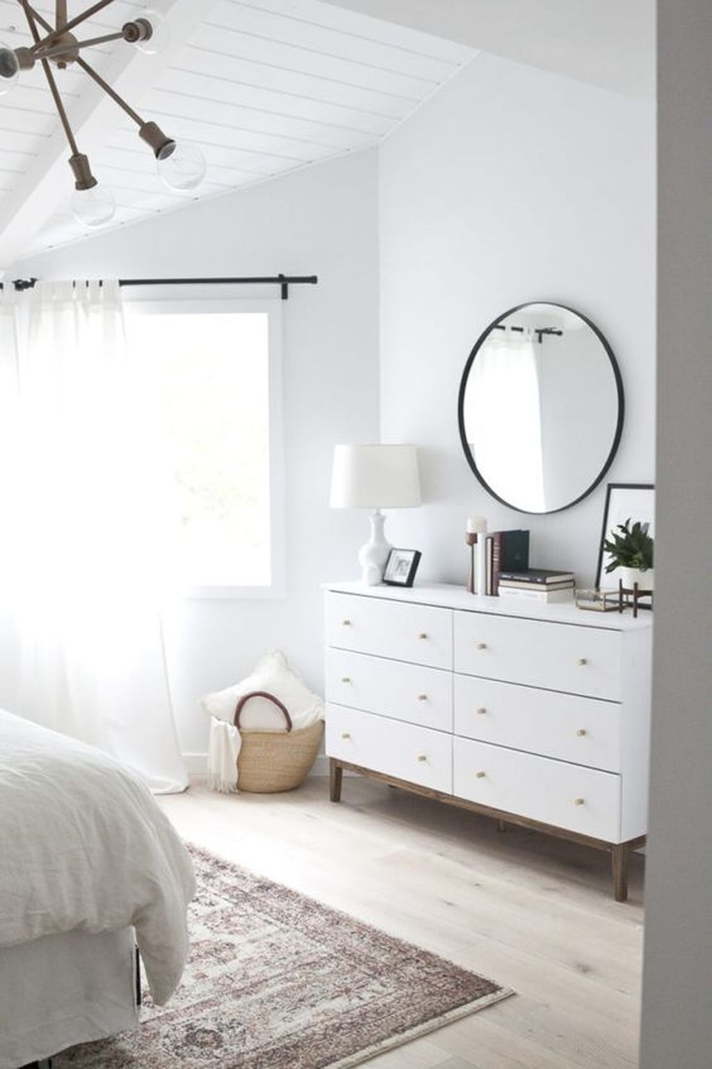 miroir commode decoration chambre