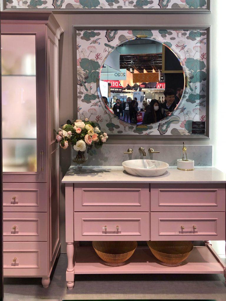 peinture meuble salle de bain rose
