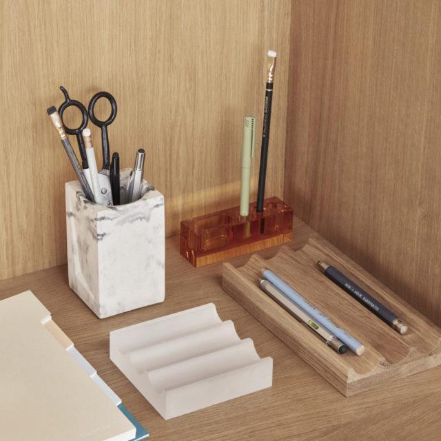 bureau minimaliste indispensable 8