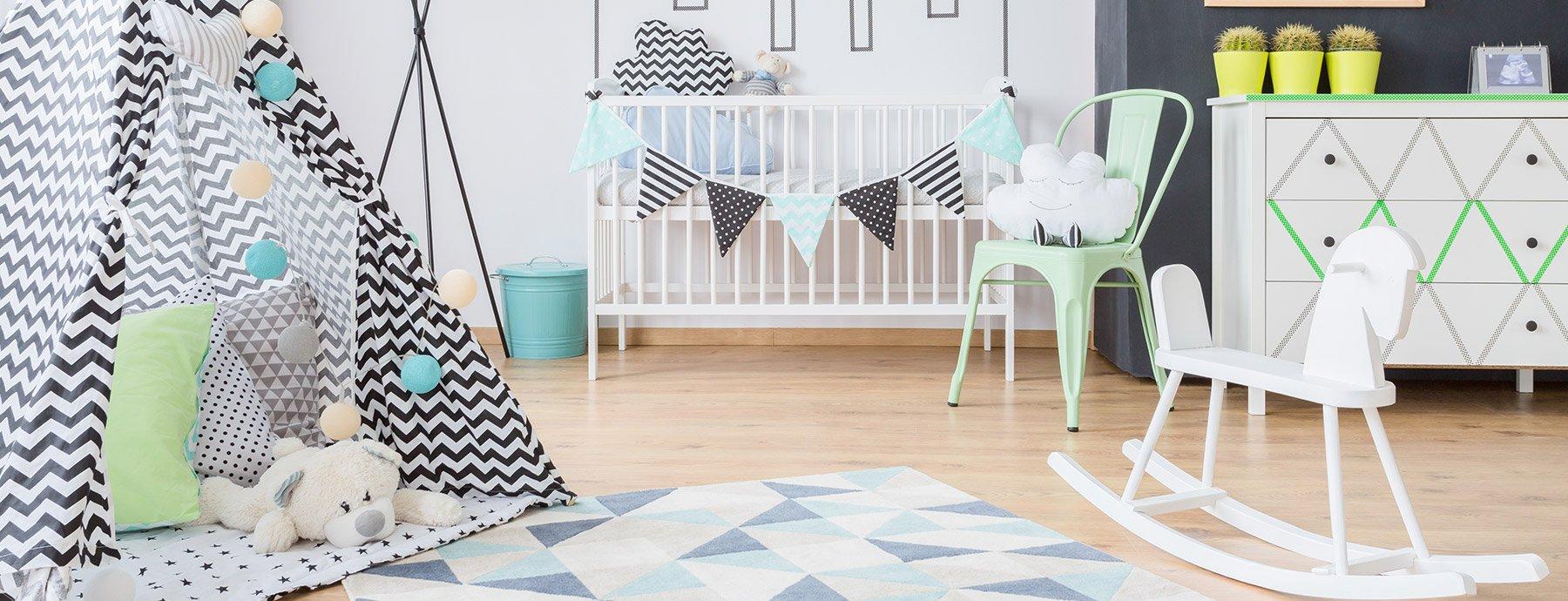 chambre bebe decoration neutre vert pastel