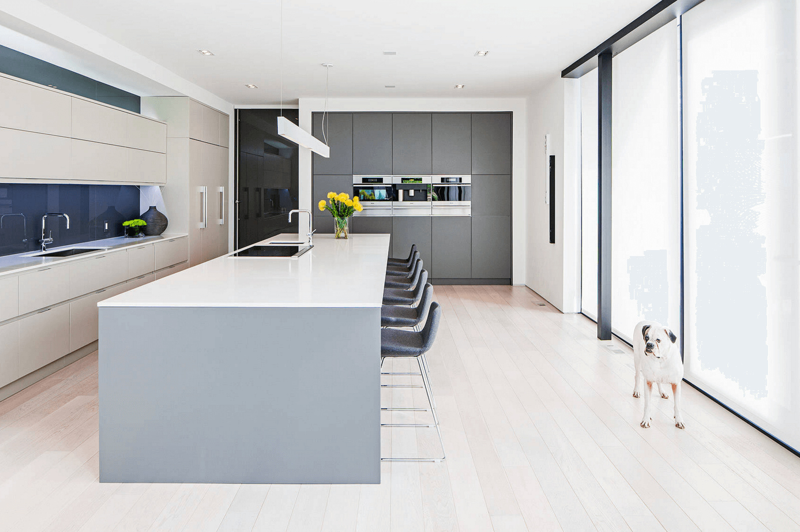 minimalisme cuisine gris blanche beige