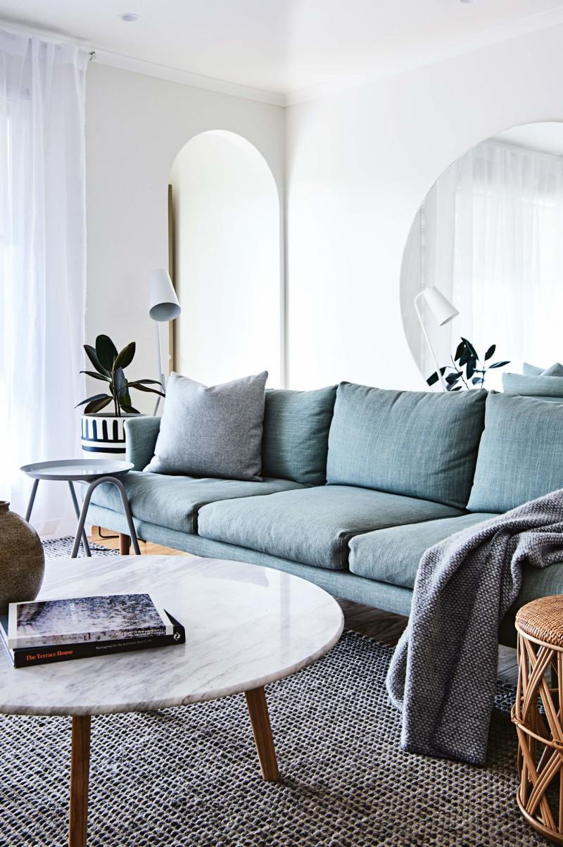 minimalisme salon couleur canape