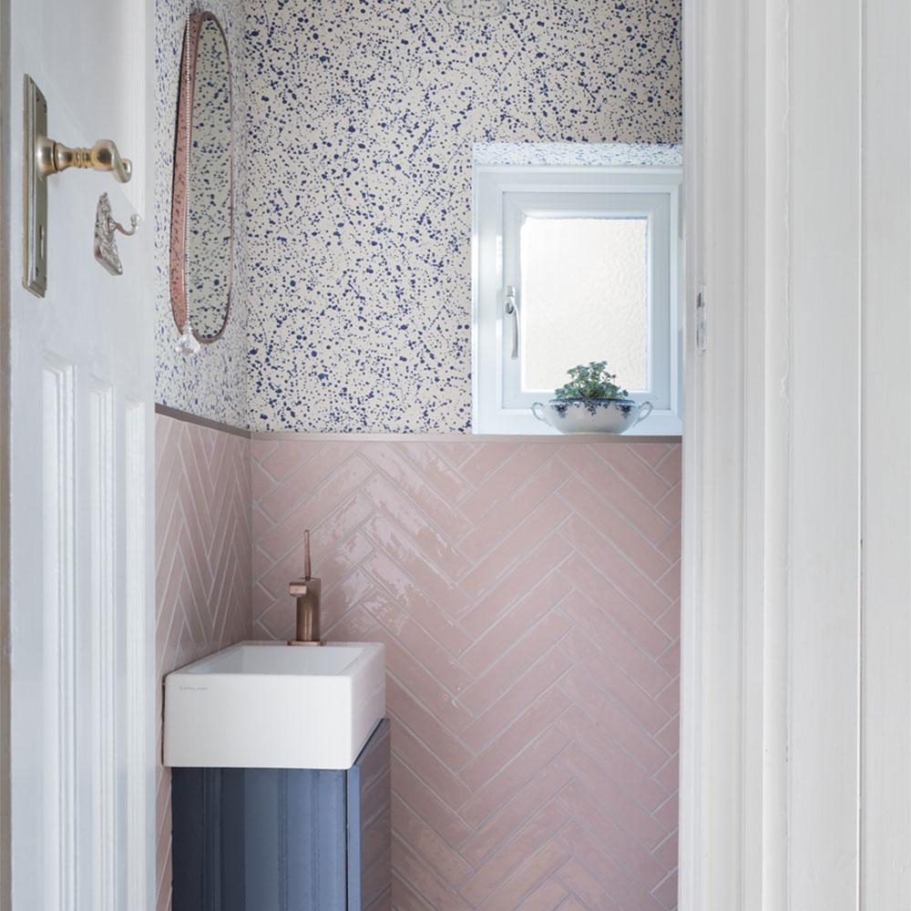 petite salle de bain carrelage couleur