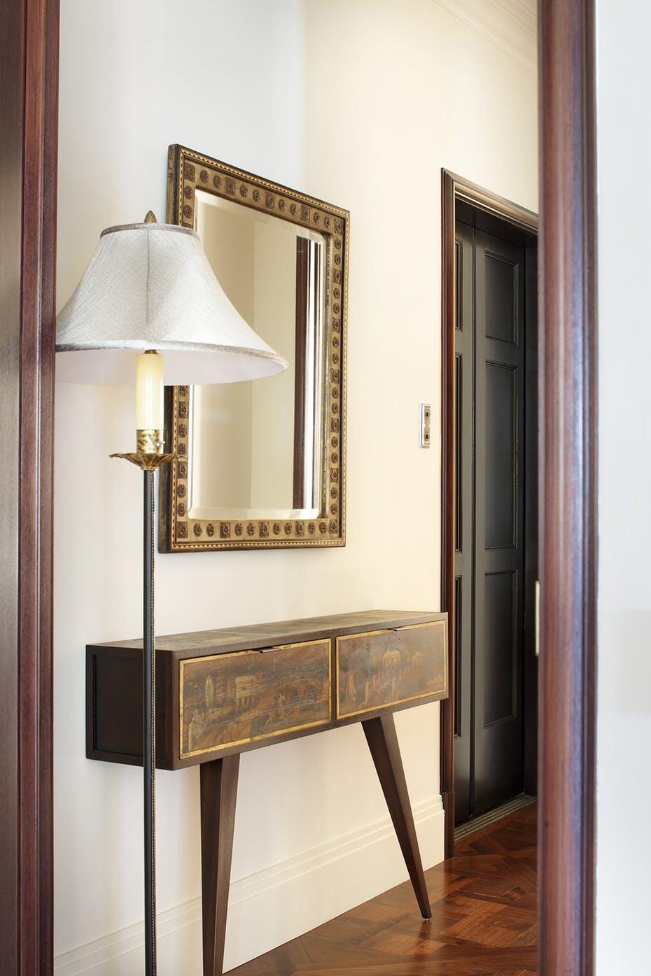 miroir entree classique et simple