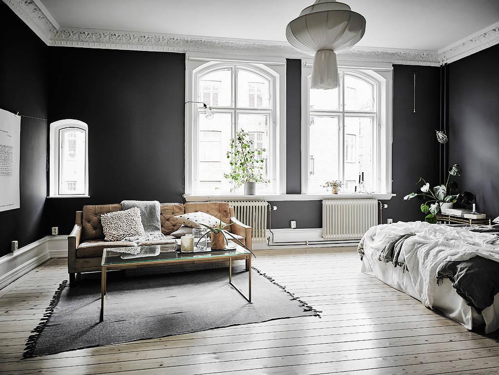 salon noir decoration intemporelle